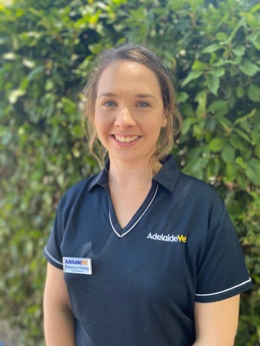 Rebecca Young - Veterinarian at AdelaideVet